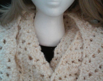 Super Chunky Infinity Cowl , Neck Scarf, Cowl, Crochet Scarf, Crochet Cowl, Infinity Scarf, Winter Attire