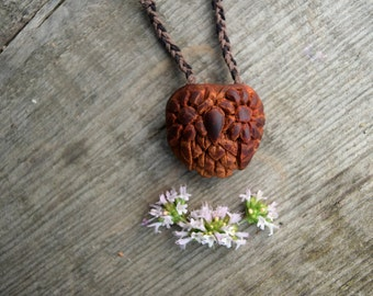 OWL necklace - Avocado seed - Natural jewelry - Handcarved