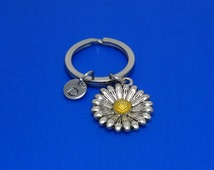 Daisy Keychain, Flower Keychain, Mothers Gift, Spring, Sunflower, Blooming Flower, Floral, Garden, Personalized, Customized, Initial