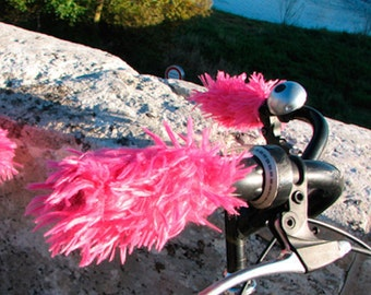 Sleeves for bike handles, faux fur, fuchsia
