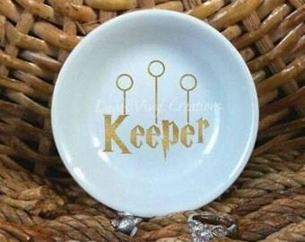 Keeper, Harry Potter inspired ring dish, HP fan art, trinket holder, wedding gift, engagement, trinket dish, vinyl decal, quidditch