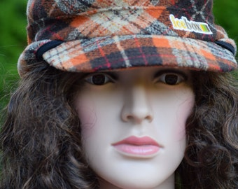 Dohm-Ice Box Knitting Plaid Fatigue Style Attractive Vintage hat/ Made in USA