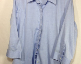no iron blouse, women's Oxford shirt, Liz Claiborne button up shirt, size 12,