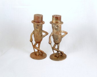 Mr. Peanut salt pepper set/metallic bronze color/kitchen and dining/retro kitchen/vintage