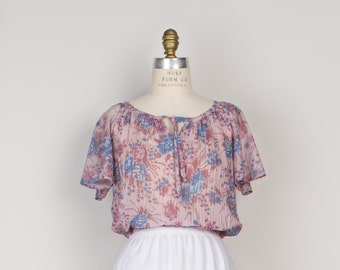 1970s Sheer Floral Peasant Blouse - 70s Vintage Feminine Boho Top with Flutter Sleeves - s / m / l
