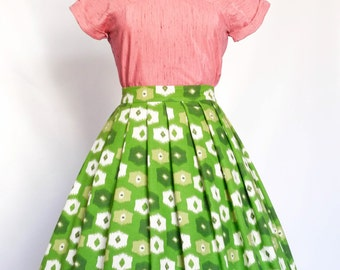 Green and White Abstract Pleated Skirt