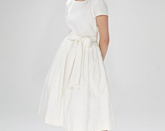 Simple wedding dress 1950s wedding dress Short wedding dress 50s wedding dress Tea length wedding Plus size dress Wedding dress sleeves