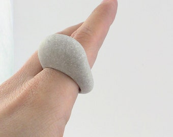 FREE SHIPPING - SMOOTH - Hand Carved Beach Stone Ring - Engraved Stone Ring - Natural Jewelry - Sculptural Jewelry - Gift - Free Shipping
