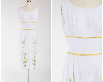 Vintage 50s Dress • Vines of May • White Linen 1950s Dress with Floral Embroidery Size Small