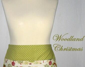 "WOODLAND Christmas Lotsa Pockets Apron, Vendor Apron with zipper pocket, Teacher/ Waitress Apron- READY MADE version fits waists up to 40"""