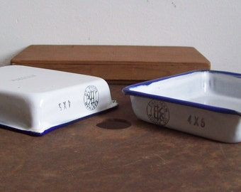 Antique photograph trays enamelware developing trays pair Eastman Kodak Co made in Austria excellent condition size 4 x 5