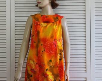 Vintage Rare Long Dress Hawaiian Tia 1960s Hostess Gown Size Small/Medium