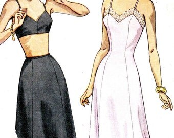 Misses Petticoat Full Slip and Half Slip Vintage Sewing Pattern Simplicity 2693 Size 16 Bust 34