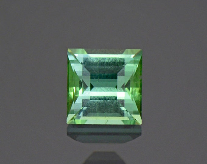 Excellent Mint Teal Green Tourmaline Gemstone from Maine 0.75 cts.