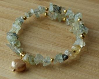 Prehnite and Champagne Pearl Bracelet