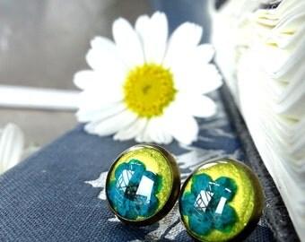 real dried blue flower earrings, resin, silver