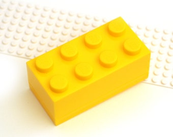 GIFT BOX Yellow brick for figure cufflinks. For figure Cuff links made with LEGO(R) bricks.