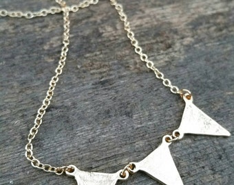 Gold 3 Pennant Banner Necklace