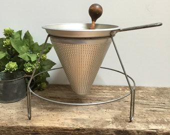 Antique Footed Colander Strainer Primitive Vintage Aluminum Wooden Pestle Farmhouse Fixer Upper Kitchen Cottage Shabby Chic Cooking Canning