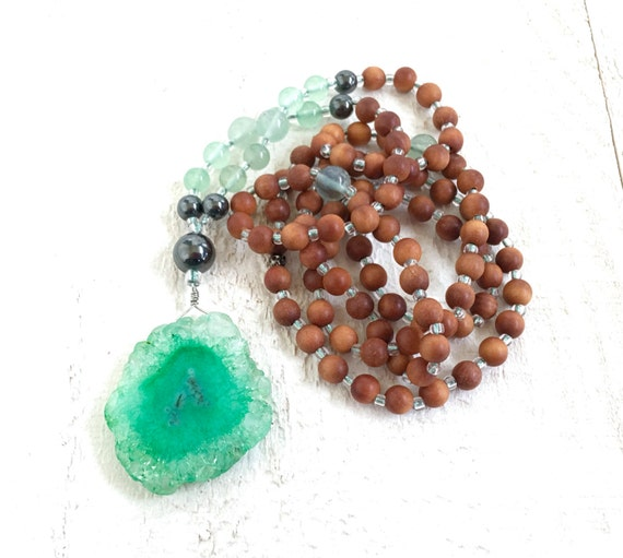 Sandalwood Mala Beads, Green Quartz Mala, Handmade 108 Mala, Buddhist Prayer Beads, Chakra Healing Mala, Bohemian Necklace, Yoga Jewelry