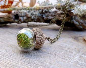 Acorn necklace, terrarium necklace, gift for woman, inspirational, plant necklace, botanical jewelry, forest necklace, glass orb necklace