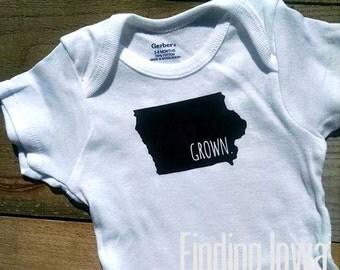Onesie//Baby Shower Gift//Photo Prop//Cute Onesie//Iowa Grown Bodysuit/Creeper