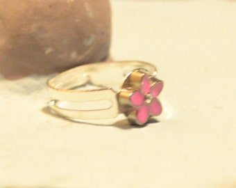 Tiny Pink Flower With Rhinestone Ring