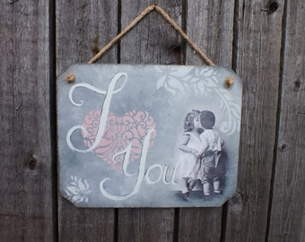 I love you sign Wood sign Hanging Wall decor Love gift Wooden signs Love sign Home decor signs Rustic wall decor Shabby wall decor Wedding