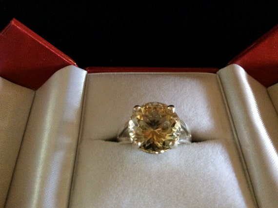 Oregon Sunstone ring beautiful champagne approximately 3.5cts! natural untreated, mined by hand, crafted by hand, Perfect ring!