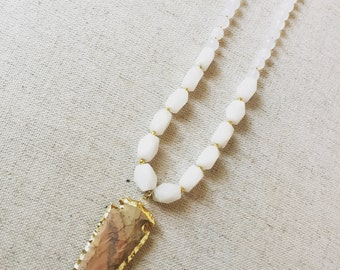 White and Brown Arrowhead Necklace