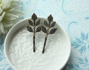 Rustic Leaf Hair Pin, Woodland Leaf Hair Jewellery. Nature Inspired Hair Accessory Antiqued Brass Leaf Hair Clip Comb Fall Woodland Wedding
