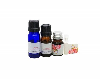 Carnation absolute essential oil, Carnation flower essence oil, Botanical carnation flowers precious absolute oil, Dianthus caryophyllus oil