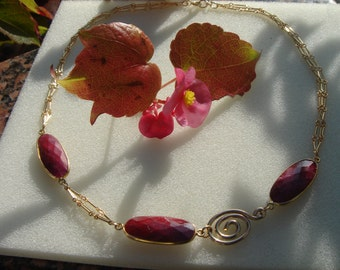 Necklace with Ruby, gold chain, 585 gold filled briefly in beautiful design