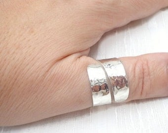 Thumb sterling ring, hammered silver ring, wedding sterling ring, adjustable band ring, teens jewelry.
