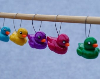 knitting stitch markers, polymer clay, set of 5 rubber duckies, handmade,