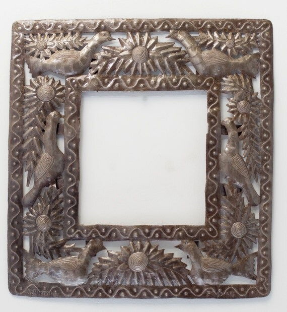 "Small Garden Frame with Birds 15.75"" x 17"""