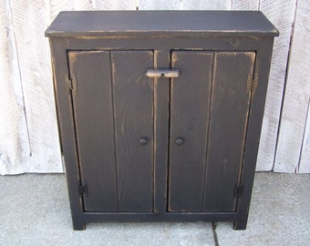 Country Primitive Pantry/Hutch