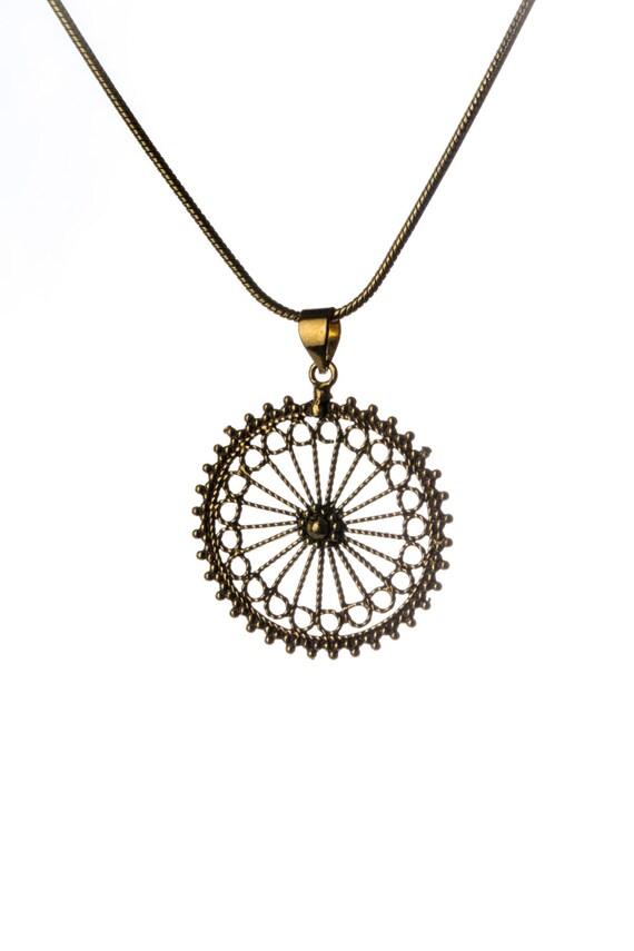 Mandala Circle Pendant - Necklace Spiritual jewellery Yogi Jewellery Jewellery Handmade Free UK delivery BP2