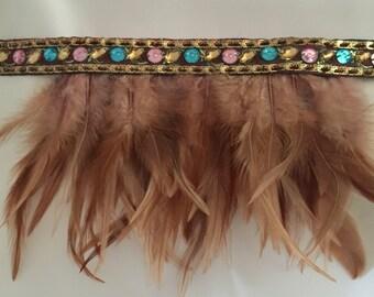 Feather choker