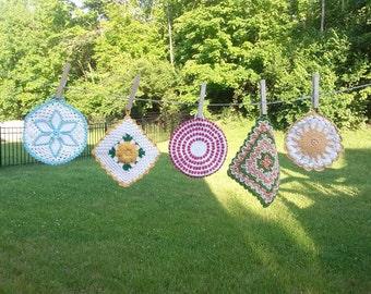 Vintage crocheted potholder choice