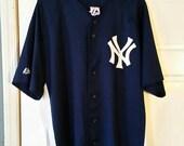 Vintage MLB New York Yankees Stitched Derek Jeter Baseball Jersey By Majestic. Men's Sz Large