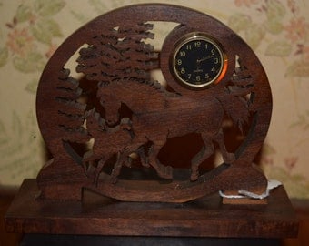 Horse with foal wooden clock