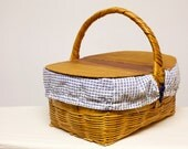 Vintage 1950s wicker picnic basket with wood double lid