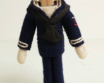 Late 1940's US Navy Souvenir Clothespin Doll Figurine