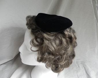 1950's Vintage Black Velvet Heart Shaped Fascinator Hat