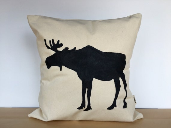 Items similar to Throw pillow, moose pillow, moose pillow cover, custom pillow, rustic decor ...