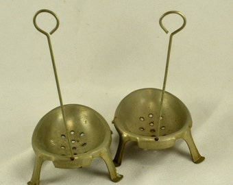 Aluminum Egg Poacher Dipper - Set of 2 - Wire Handle -  Footed - Vintage Primitive French Cooking