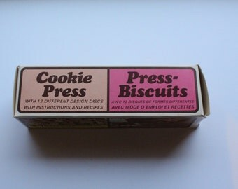 Vintage Plastic Cookie Press with 12 Discs Includes Instructions for Use - 1960's??