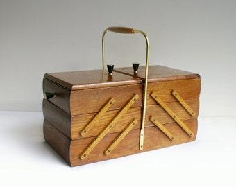 Vintage sewing basket / box Mid Century Germany 50s