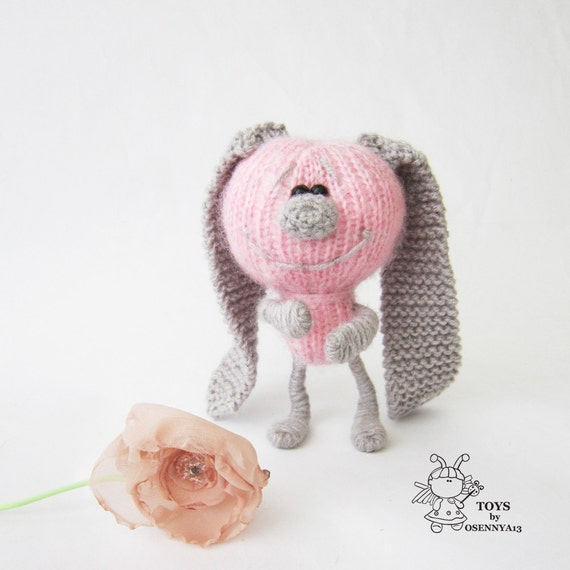 Bunny with colored ears- knitting pattern (knitted round ...
